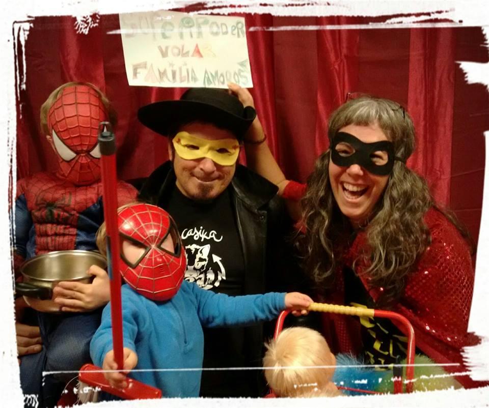 Familias con superpoderes y heroínas cotidianas